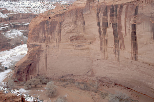 Canyon del Muerto at Canyon de Chelly National Monument.