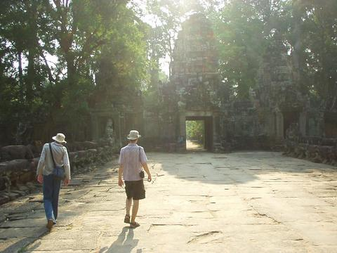 Will and Alex walking towards Preah Khan.