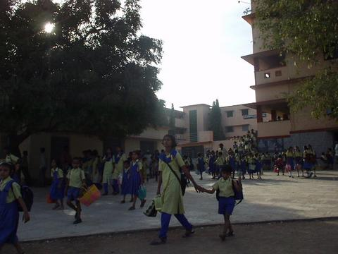 More Gulbarga schoolgirls.