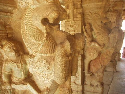Statues of warriors on rampant lions, Vittala Temple, Hampi.