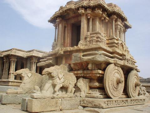 The large wheeled vehicle in the courtyard of the Vittala temple, Hampi.