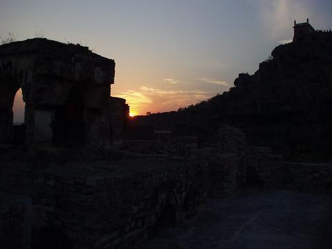 Sunset on Golconda fort.