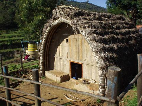 Home in the hills: a traditional Toda house, a Warthetyas or Perzilas.