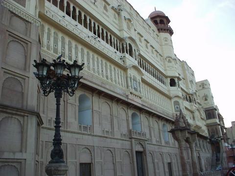 Exterior facade of Junagarh, Bikaner.