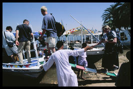 getting_on_boat_luxor