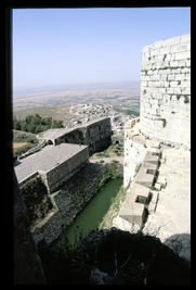 krek_exterior_battlement