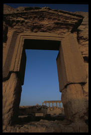 palmyra_big_door