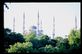 blue_mosque_far_away